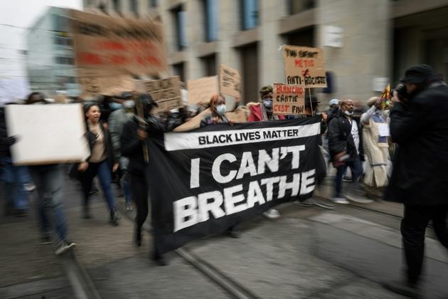 Manifestation anti-raciste à Genève, le 9 juin 2020 [Fabrice COFFRINI / AFP]