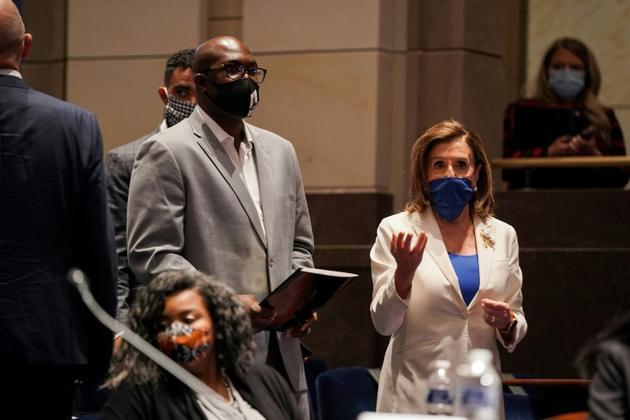 Philonise Floyd et Nancy Pelosi au Congrès le 10 juin 2020 à Washington [Greg Nash / POOL/AFP]
