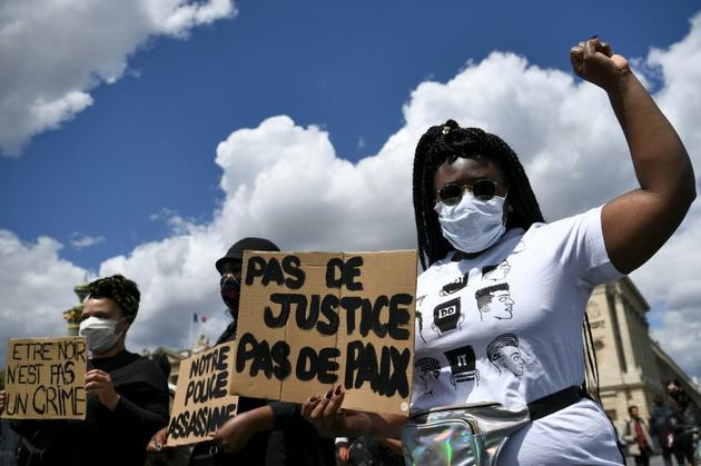 Manifestation place de la Concorde contre les violences policières et le racisme, le 6 juin 2020 à Paris [Anne-Christine POUJOULAT             / AFP]