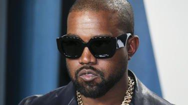 Kanye West a publié une série de tweets inquiétants dans lesquels il semble se sentir persécuté.