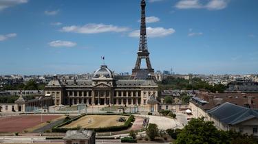 La mairie de Paris va établir une liste de lieux où le masque sera obligatoire en extérieur