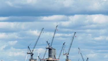 Des grues à Londres le 2 août 2020 [JUSTIN TALLIS / AFP/Archives]