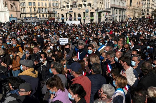 Rassemblement, le 18 octobre 2020, à Marseille pour rendre hommage à Samuel Paty, le professeur d'histoire décapité dans les Yvelines [Christophe SIMON / AFP]