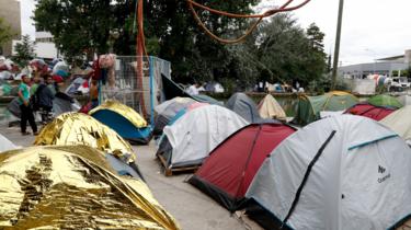 Photo prise en juillet dernier, dans un campement situé près du canal Saint-Denis, évacué depuis.