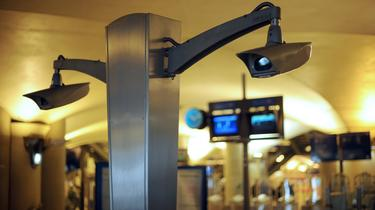 L'ensemble des caméras du réseau devrait permettre la mise en place de la reconnaissance faciale.