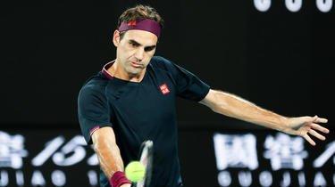 Roger Federer n'est toujours pas complètement remis de ses opérations du genou.