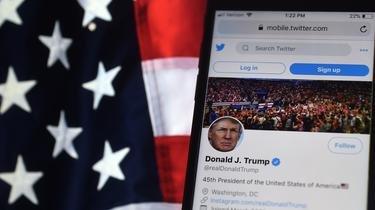 C'est la première fois que Twitter bloque le compte de Donald Trump, qui comptabilise 88 millions d'abonnés.