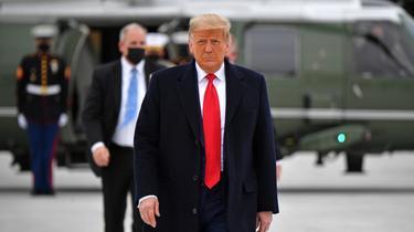 «Cela fait quatre ans que Trump, sa méthode, son langage, son totalitaire narcissisme ont allumé les feux du racisme et de l'extrême droite armée», estime Philippe Labro.
