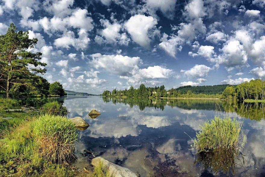 dm_img_paysage_avant_crop_berges_nord_est_du_lac_de_vassiviere_603f5f35b14f9.jpg