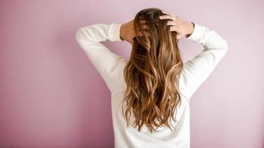 Sur le podium du magazine 60 millions de consommateurs, on retrouve 3 shampoings qui se distinguent de tous les autres.