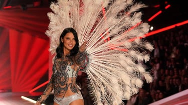 Le New York Times publie une enquête sur le harcèlement sexuel dont ont été victimes plusieurs mannequins Victoria's Secret.